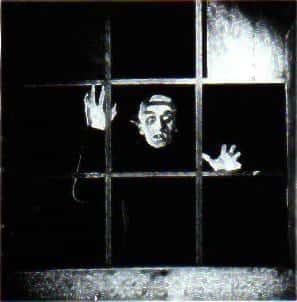 Cena do filme Nosferatu, clássico expressionista alemão de F.W. Murnau